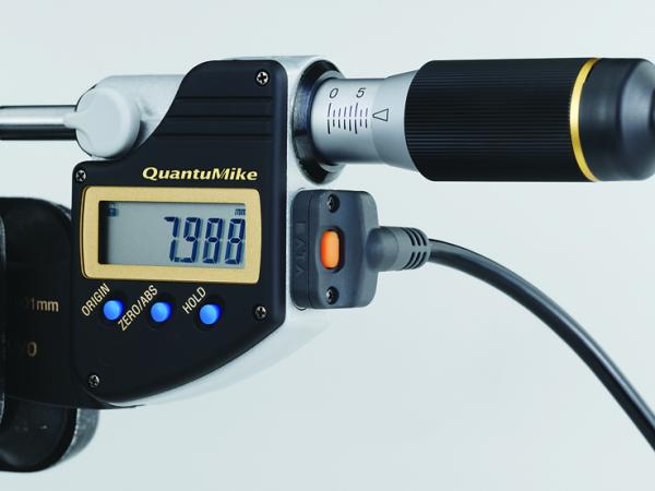Cáp truyền dữ liệu cho thiết bị đo điện tử loại IP, 1m, Mitutoyo, 05CZA662