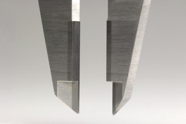 Thước Cặp Cơ Khí Ngàm Phủ Carbua 0-300mm/0,05mm Mitutoyo, 530-322